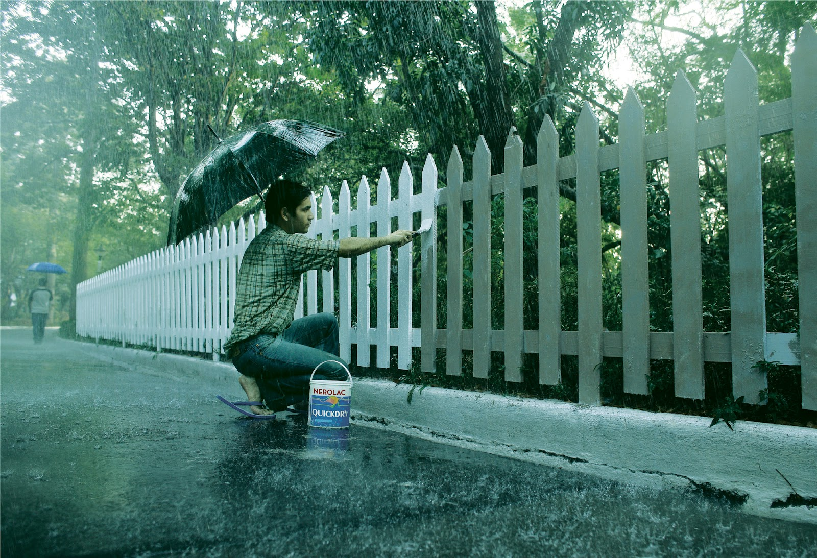 Nerolac Quick Dry Paint Fence